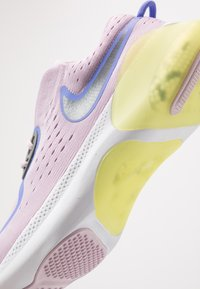 Nike Performance - JOYRIDE DUAL RUN - Obuwie do biegania treningowe - iced lilac/sapphire/smoke grey/dynamic yellow/white - 2