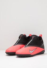Nike Performance - PHANTOM VISION 2 ACADEMY TF - Kopačky na umělý trávník - laser crimson/metallic silver/black - 3