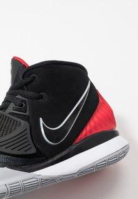 Nike Performance - KYRIE 6 - Zapatillas de baloncesto - black/university red/white - 2