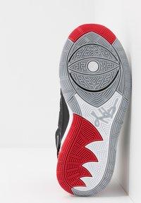 Nike Performance - KYRIE 6 - Zapatillas de baloncesto - black/university red/white - 5