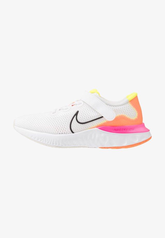 RENEW RUN - Scarpe running neutre - white/black/platinum tint/pink blast/lemon/total orange