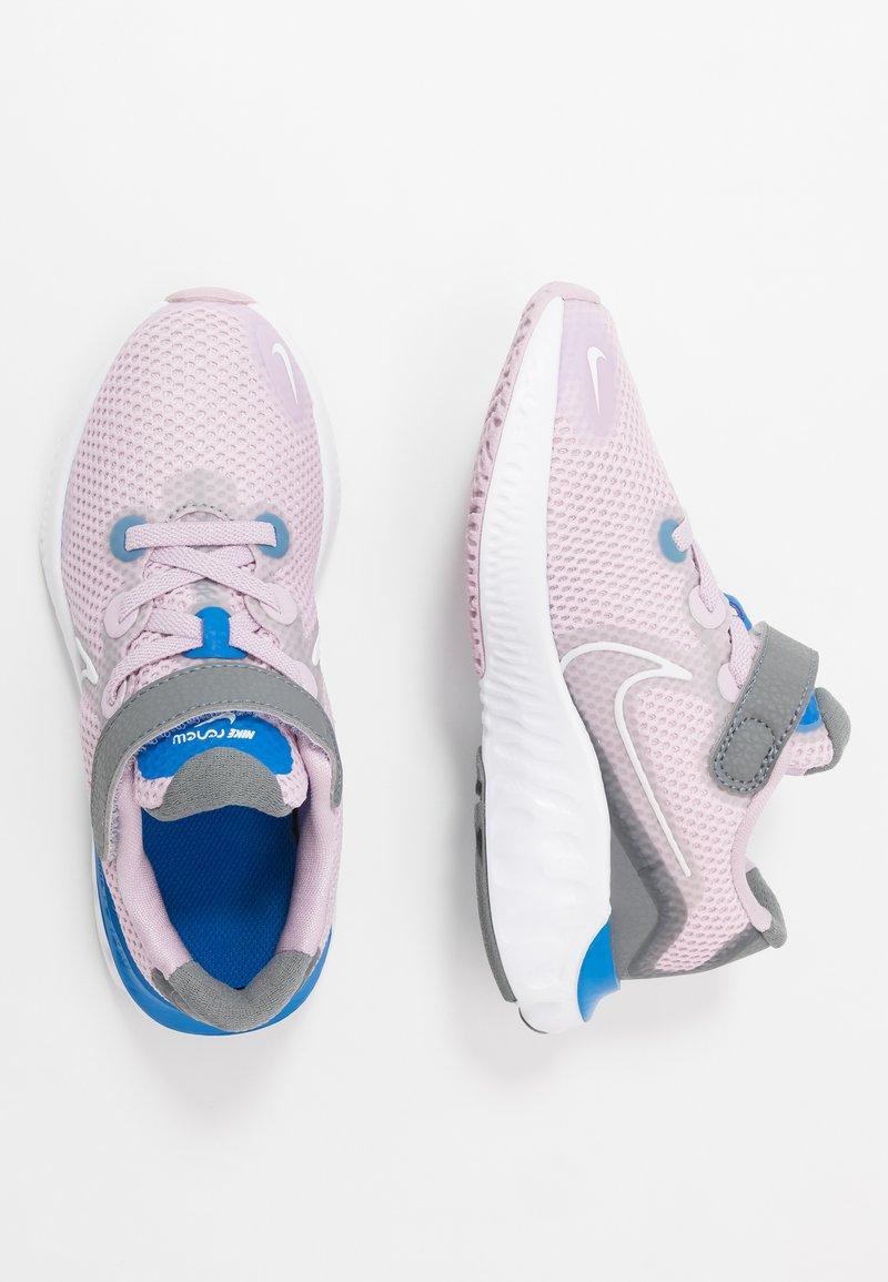 Nike Performance - RENEW RUN - Obuwie do biegania treningowe - iced lilac/white/smoke grey/light smoke grey