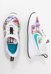 Nike Performance - REVOLUTION 5 FABLE - Neutral running shoes - white/fire pink/blue fury - 0