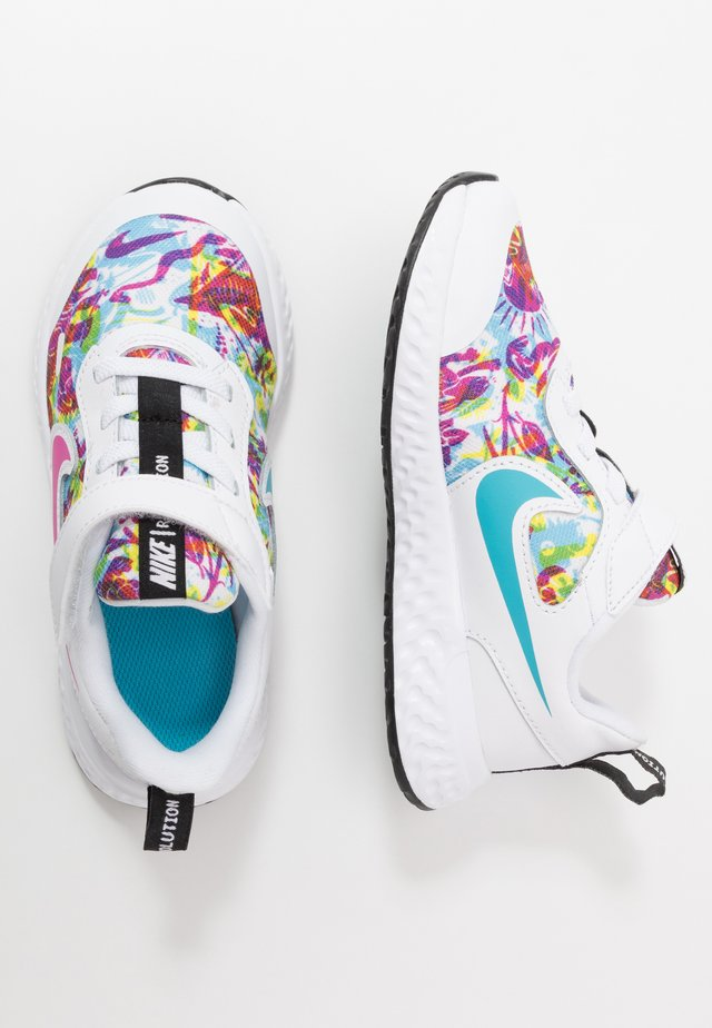 REVOLUTION 5 FABLE - Nøytrale løpesko - white/fire pink/blue fury