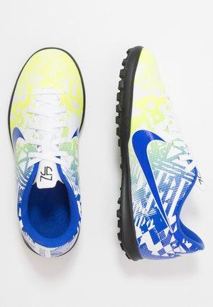 JR VAPOR 13 CLUB NEYMAR TF - Voetbalschoenen voor kunstgras - white/racer blue/volt/black