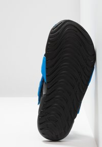 Nike Performance - SUNRAY PROTECT - Chaussures aquatiques - photo blue/bright crimson/black - 5