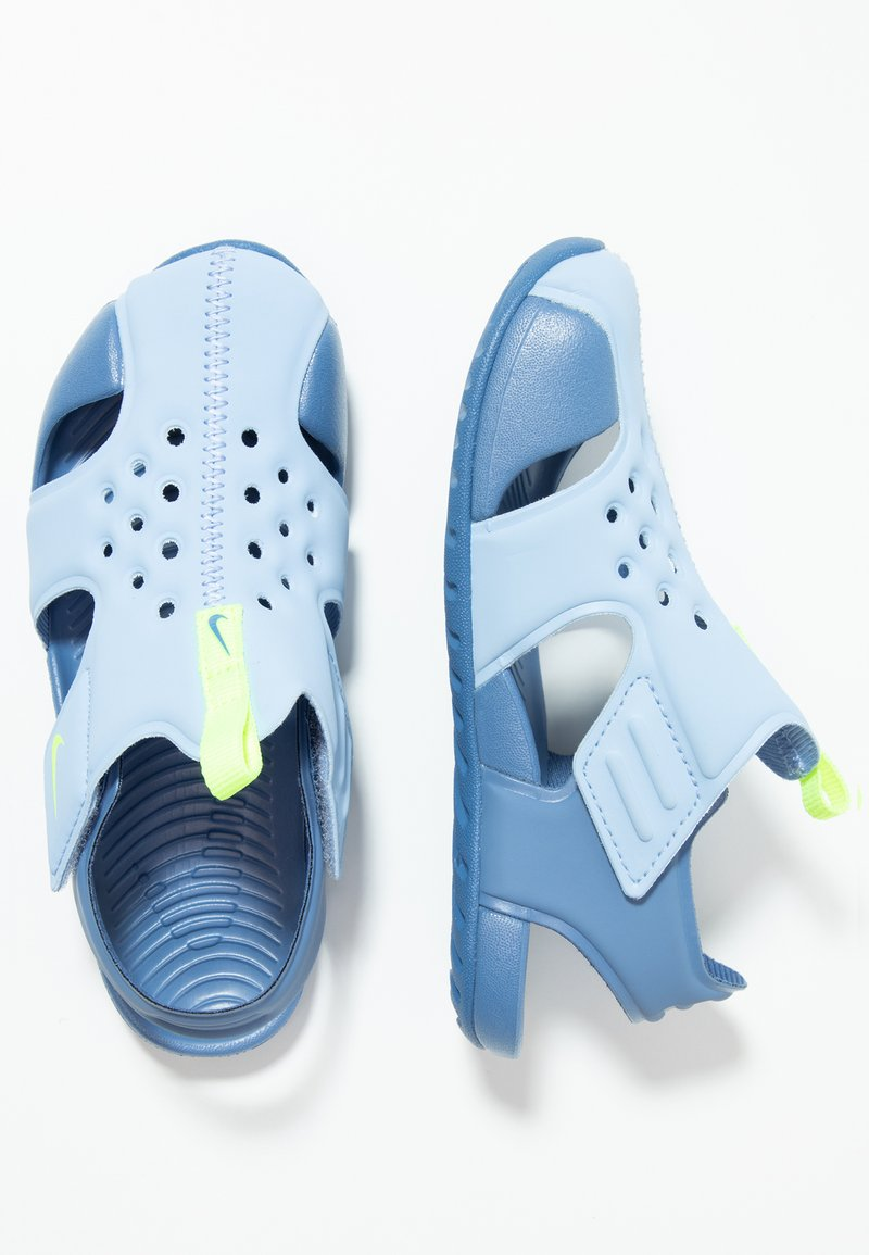 Nike Performance - SUNRAY PROTECT 2 - Pool slides - aluminum/volt/indigo storm