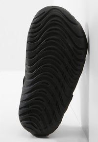 Nike Performance - SUNRAY PROTECT - Watersports shoes - black/white - 4