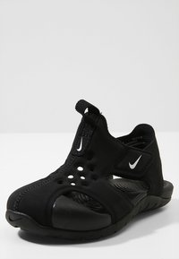 Nike Performance - SUNRAY PROTECT - Scarpe per sport acquatici - black/white - 2