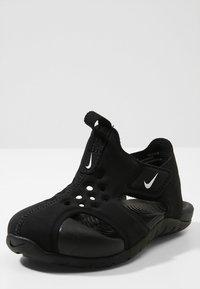 Nike Performance - SUNRAY PROTECT - Chaussures aquatiques - black/white - 2