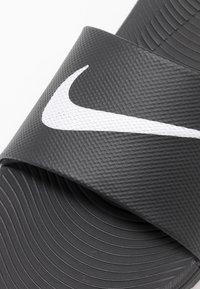 Nike Performance - KAWA SLIDE - Rantasandaalit - black/white - 2