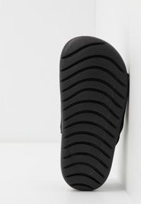 Nike Performance - KAWA SLIDE - Rantasandaalit - black/white - 5