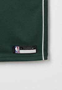Nike Performance - NBA MILWAUKEE BUCKS SWINGMAN STATEMENT - Klubové oblečení - style spec - 2