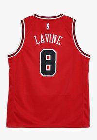 Nike Performance - NBA CHICAGO BULLS ZACH LAVINE ICON SWINGMAN - Klubové oblečení - red - 1