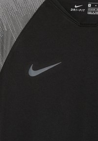 Nike Performance - T-shirt print - black/wolf grey/anthracite - 3