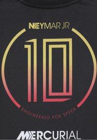 Nike Performance - NEYMAR DRY - Print T-shirt - black/laser crimson - 4