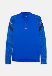 Nike Performance - DRY STRIKE - Sportshirt - soar/midnight navy/laser crimson - 0
