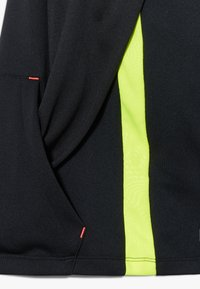 Nike Performance - CR7 DRY MIDLAYER - Sweat à capuche - black/lemon - 2