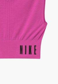 Nike Performance - SEAMLESS - Top - active fuchsia/black - 3