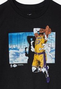 Nike Performance - NBA LEBRON JAMES ELEVATION TEE - T-shirt imprimé - black - 3