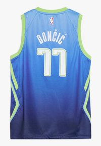 Nike Performance - NBA DALLAS MAVERICKS DONCIC LUKA BOYS CITY EDITION SWINGMAN  - Klubové oblečení - coast/action green - 1