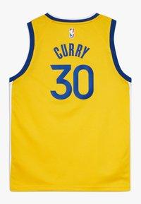 Nike Performance - NBA CURRY STEPHEN GOLDEN STATE WARRIORS STATEMENT SWINGMAN  - Klubové oblečení - amarillo - 1