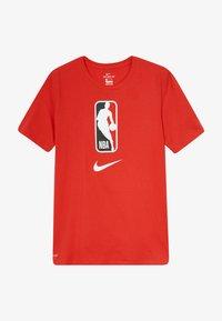 Nike Performance - NBA LOGO MAN TEE - Print T-shirt - university red - 2