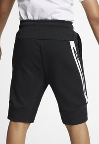 Nike Sportswear - SHORT - Kraťasy - black/white - 3