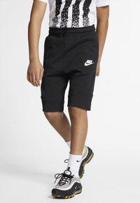 Nike Sportswear - SHORT - Kraťasy - black/white - 2