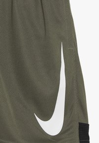 Nike Performance - DRY SHORT - Träningsshorts - medium olive/black/white