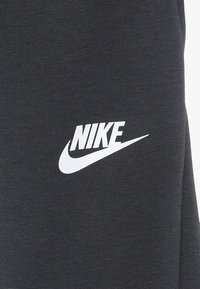 Nike Performance - ENERGY PANT KNEE - Träningsshorts 3/4-längd - anthracite/ember glow/white - 5