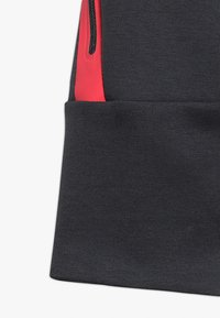 Nike Performance - ENERGY PANT KNEE - Träningsshorts 3/4-längd - anthracite/ember glow/white - 3