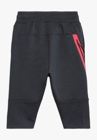 Nike Performance - ENERGY PANT KNEE - Träningsshorts 3/4-längd - anthracite/ember glow/white - 1