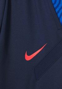 Nike Performance - DRY STRIKE PANT - Teplákové kalhoty - midnight navy/soar/laser crimson - 3
