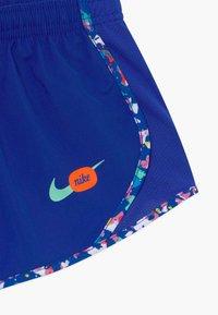 Nike Performance - DRY TEMPO - Sports shorts - hyper blue/emerald rise - 3