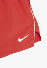 Nike Performance - SHORT - Pantalón corto de deporte - track red/white - 3