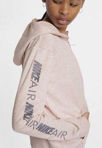 Nike Performance - veste en sweat zippée - pink - 4