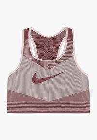 Nike Performance - FENOM SEAMLESS BRA - Sports bra - echo pink/cedar - 0