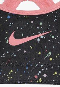 Nike Performance - BRA CLASSIC  - Soutien-gorge de sport - black/pink gaze - 4