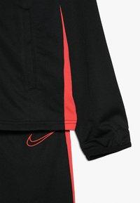 Nike Performance - DRY ACADEMY SET - Tepláková souprava - black/ember glow - 4
