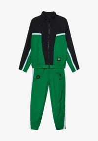 Nike Performance - NBABOSTON CELTICS TRACKSUIT COURTSIDE - Klubbkläder - clover - 5
