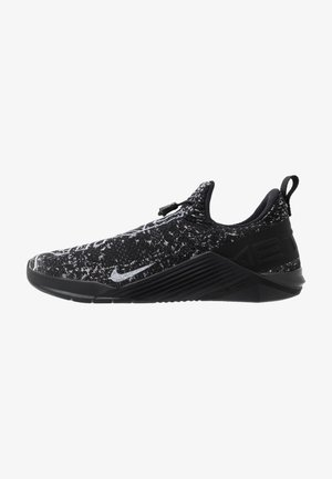 METCON FLYKNIT 4 UNISEX - Sports shoes - black/white