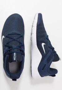 Nike Performance - LEGEND ESSENTIAL - Treningssko - midnight navy/pure platinum/obsidian - 1