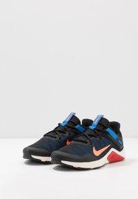 Nike Performance - LEGEND ESSENTIAL - Obuwie treningowe - black/total orange/soar/pale ivory/university red - 2