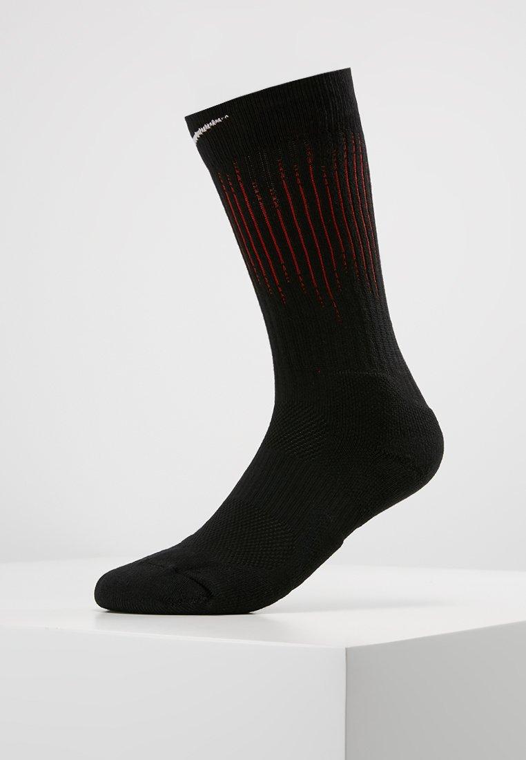 Nike Performance - ELITE CREW - Sportsocken - black/habanero red/white