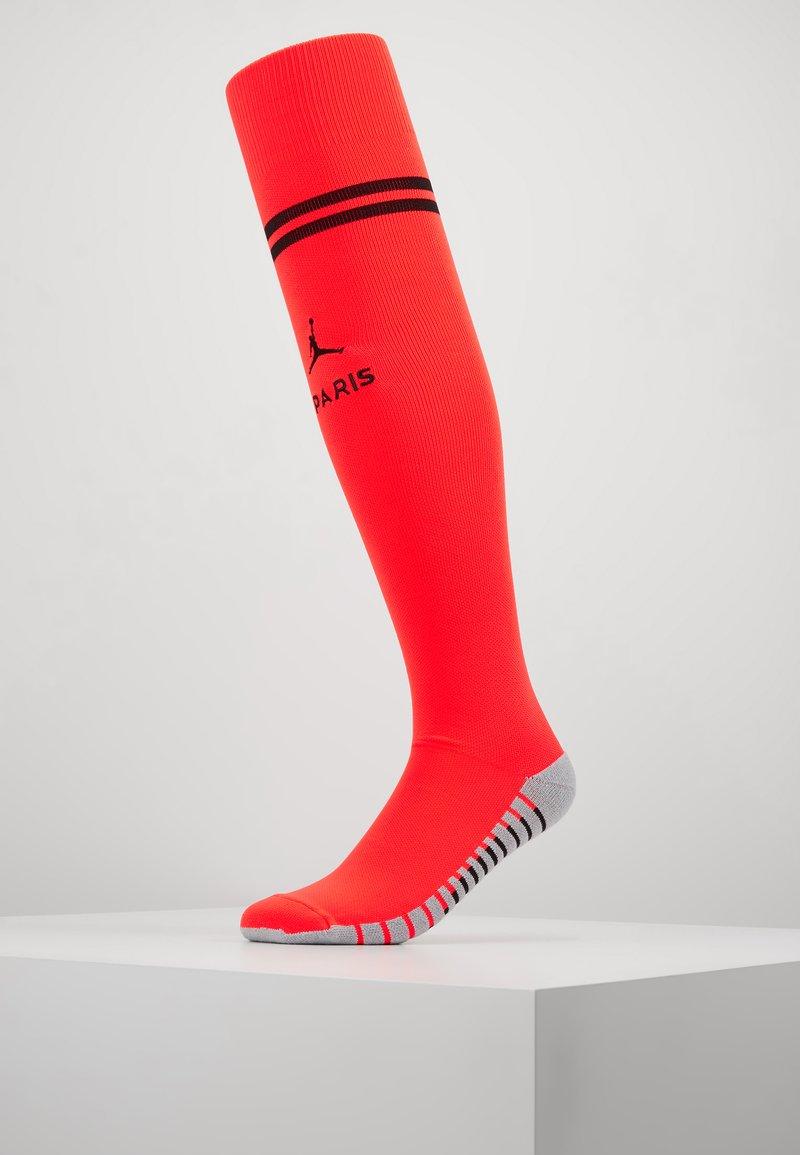 Nike Performance - PARIS ST GERMAIN STAD SOCK - Sports socks - infrared/black