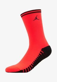 Nike Performance - PARIS ST GERMAIN JORDAN SQUAD CREW - Sportovní ponožky - infrared/black - 1