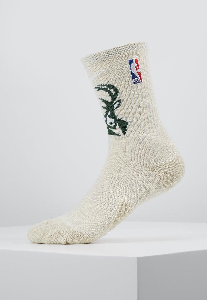 Nike Performance - NBA MILWAUKEE BUCKS ELITE - Sportovní ponožky - flat opal/fir