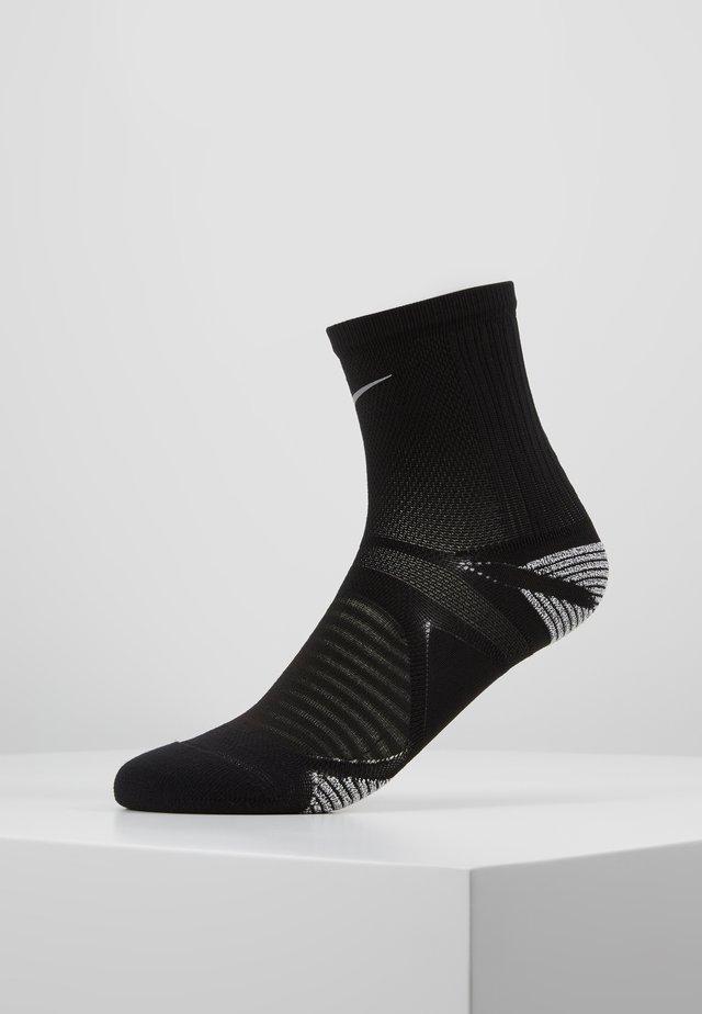 RACING ANKLE - Sports socks - black/reflective