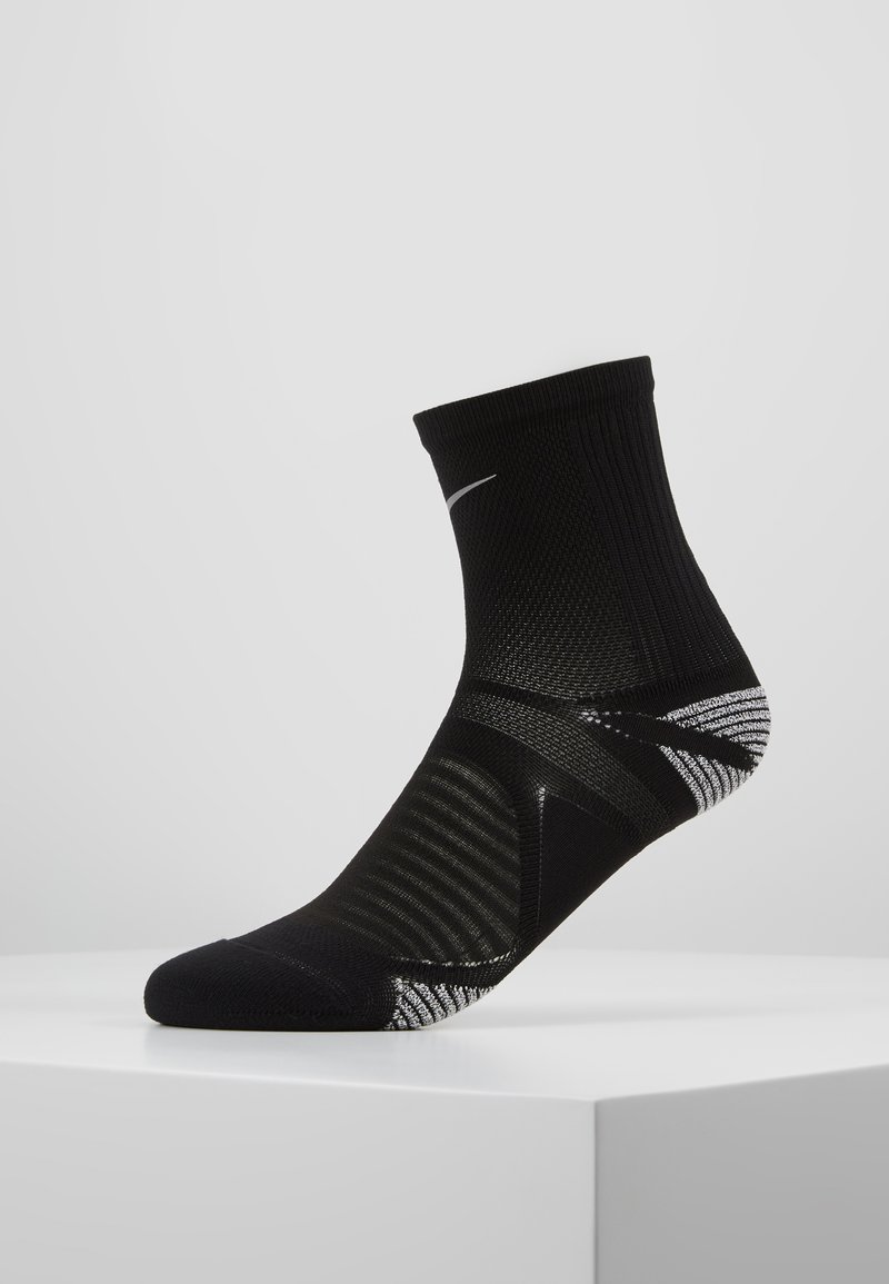 Nike Performance - RACING ANKLE - Calcetines de deporte - black/reflective